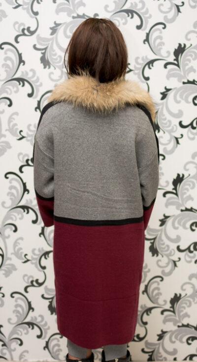 Дамска плетена жилетка в сиво и бордо 2