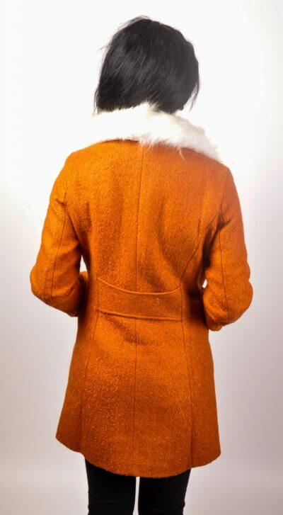 """Дамско палто с еко яка - цвят """"горчица"""" 4"""