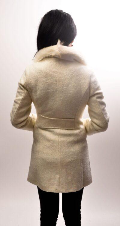 Дамско палто с еко яка -бяло 4