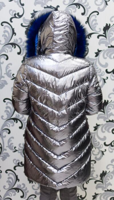 Дамско сребристо яке - тъмно със син пух 4