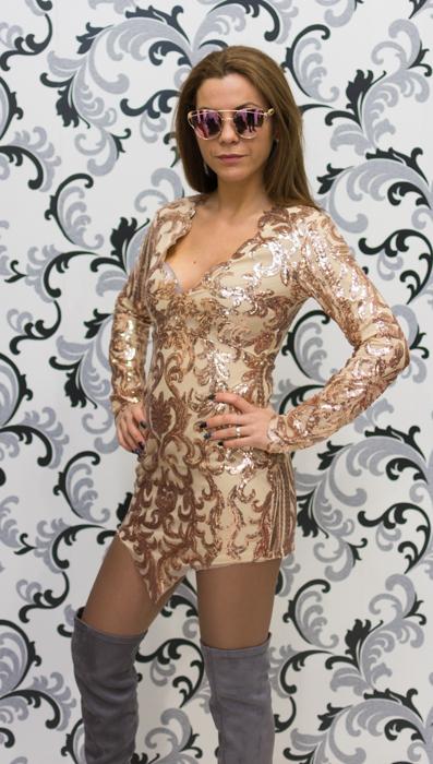 Дамска рокля с пайети с дълъг ръкав 3