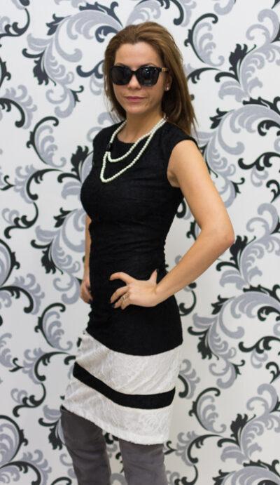 Дамска дантелена рокля в черно и бяло 3