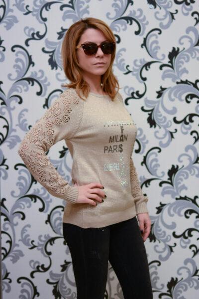 Дамска плетена блуза с ламе - бежова 1
