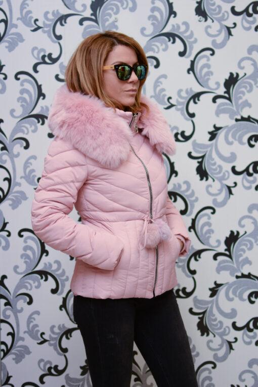 Дамско късо яке с качулка - цвят  розово 2