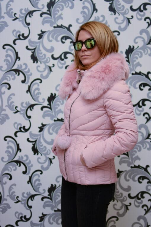 Дамско късо яке с качулка - цвят  розово 3