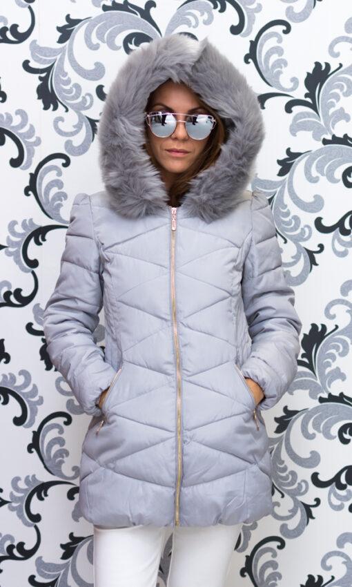 Дамско зимно вталено яке - цвят светло сив 1
