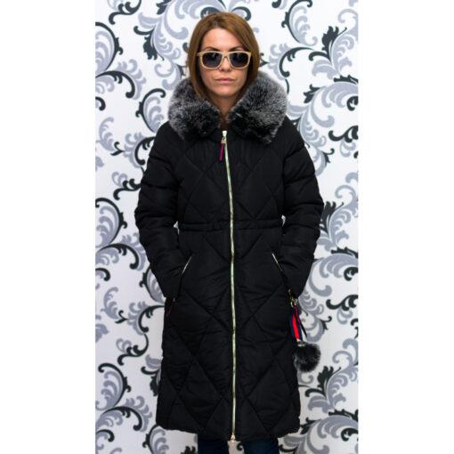 Дамско зимно дълго яке с качулка - черно 5