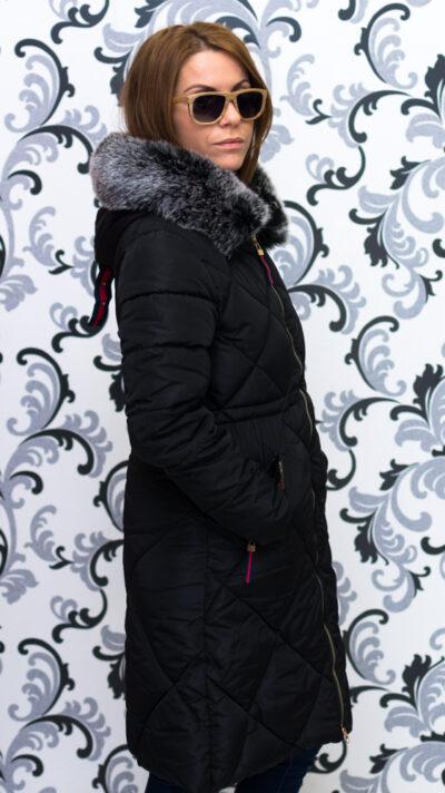 Дамско зимно дълго яке с качулка - черно 3