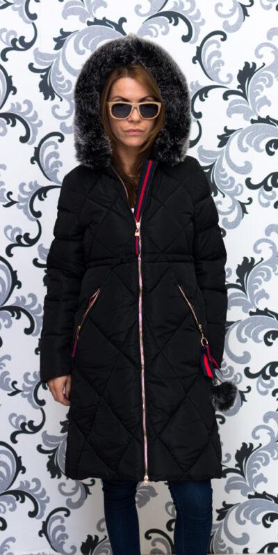 Дамско зимно дълго яке с качулка - черно 1