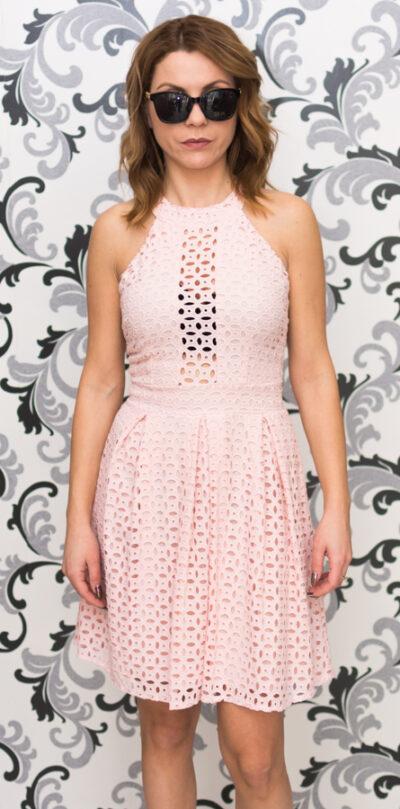 Розова дантелена дамска рокля