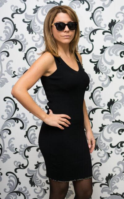Дамска плетена рокля с презрамки - черна 3