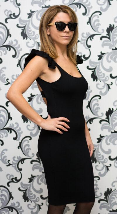 Дамска плетена рокля с гол гръб - черна 3