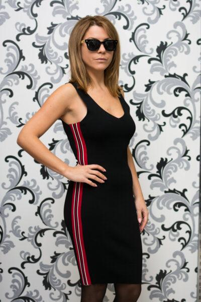 Дамска плетена рокля с кант - черна 1