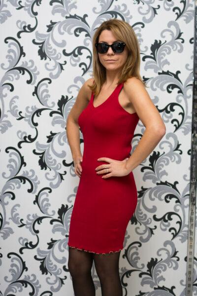 Дамска плетена рокля с презрамки - червена 2