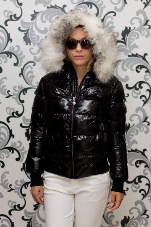 Дамско късо зимно яке с лого - черно 2