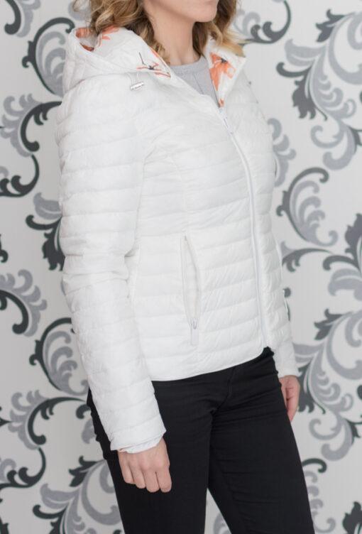 Двулицево, бяло пролетно яке