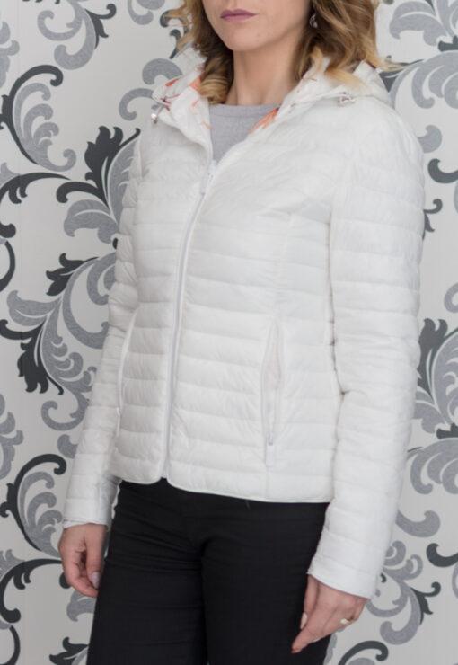 Бяло пролетно яке с две лица