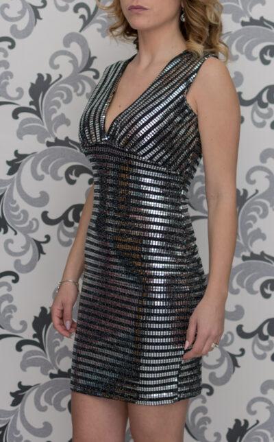 Сребриста вталена рокля