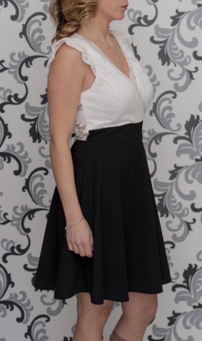 Черно-бяла дамска рокля