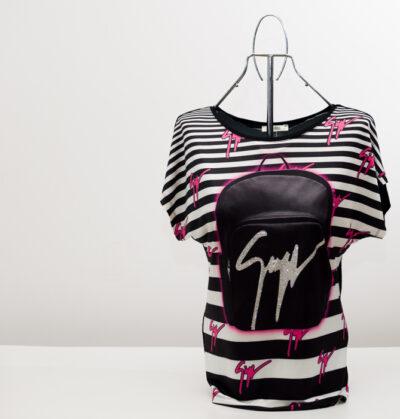 Дамска блуза с лого- реплика 2