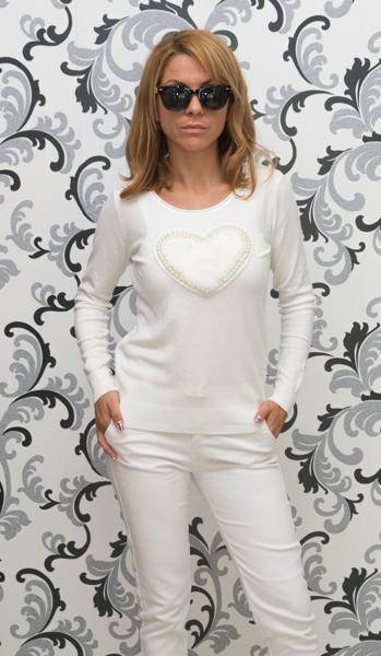 Дамска плетена блуза със сърце - бяла 1
