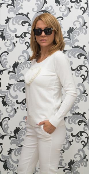 Дамска плетена блуза със сърце - бяла 3