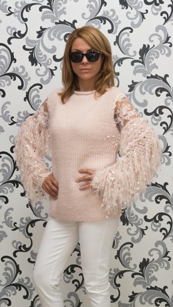 Дамска вълнена блуза с декориран ръкав - розова 3