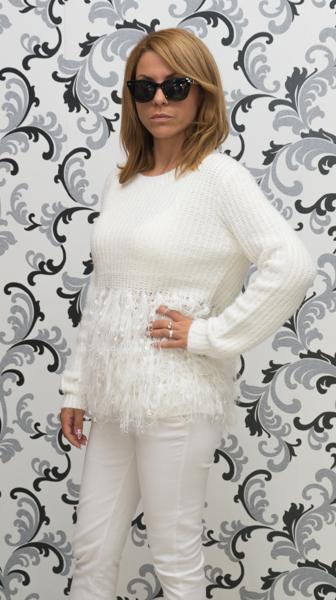 Дамска вълнена блуза с декорация - бяла 3