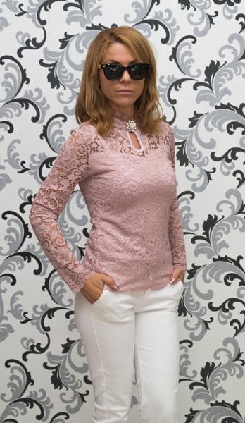 Дамска дантелена блуза с брошка - розова 2