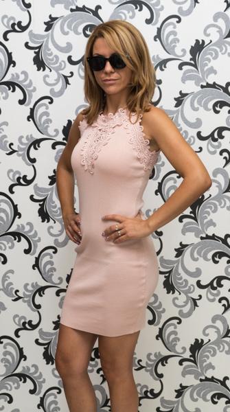 Дамска плетена рокля без ръкав - розова 2