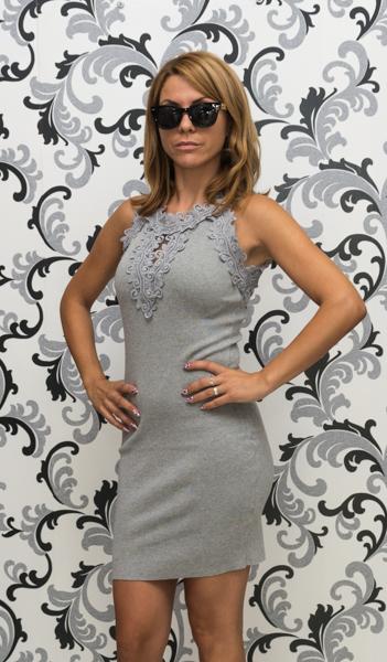 Дамска плетена рокля без ръкав - сива 2