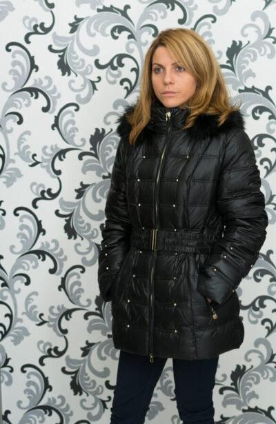Дамско зимно пухено яке с малки капси - черно 2