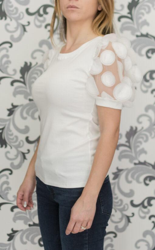 Бяла блуза с буфан ръкав