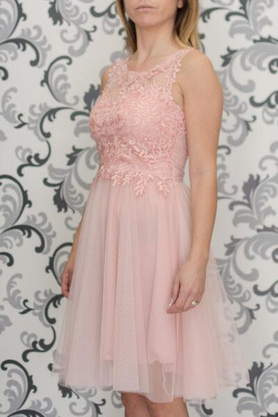 Розова рокля с тюл и дантела