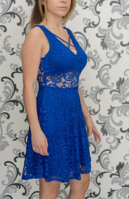 Синя рокля - дантелена