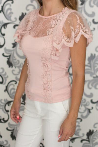 Розова блуза с дантела