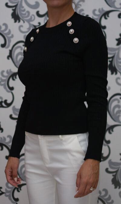 Черна плетена блуза
