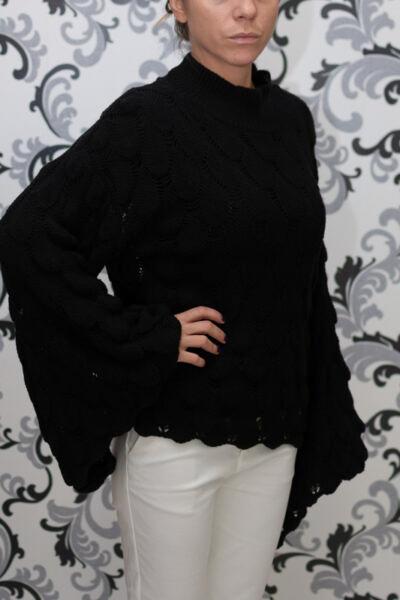 Плетена черна блуза