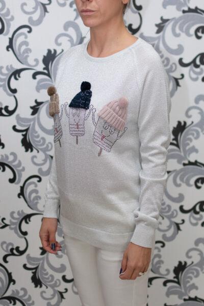 дамска блуза с декорация