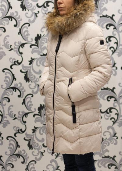 Зимно яке с качулка