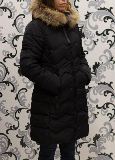 Черно зимно яке с качулка