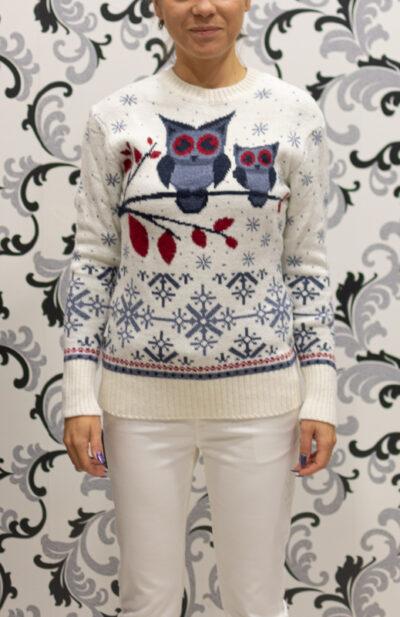 Бял коледен пуловер