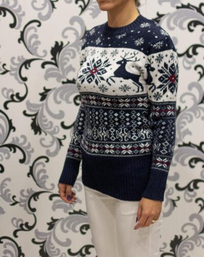Коледен пуловер с елени