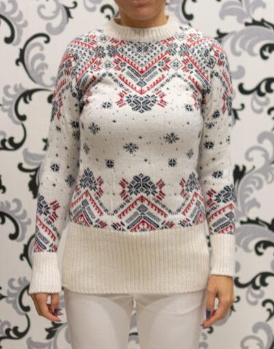 Коледен бял пуловер
