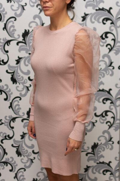 плетена розова рокля