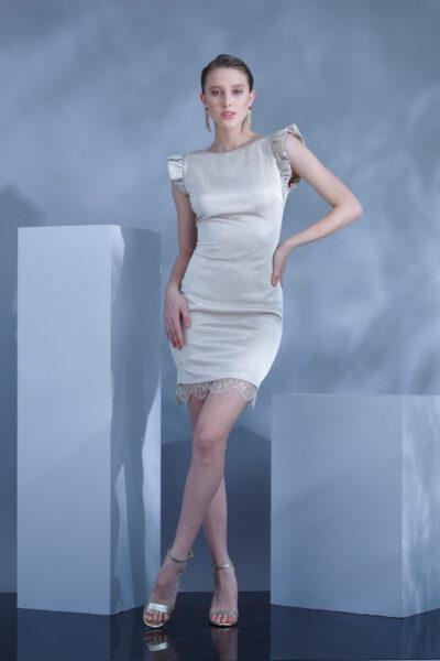 Вталена златиста рокля