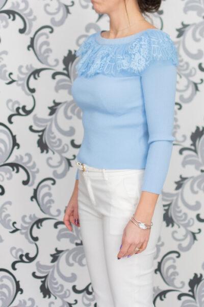 Светлосиня блуза
