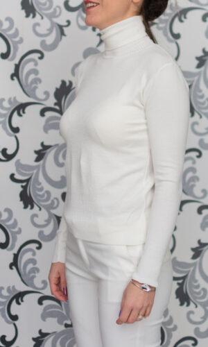 Бяло плетено поло