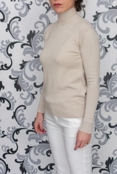 Бежова плетена блуза - полуполо 1