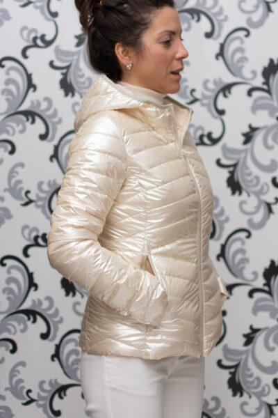 дамско пролетно яке с качулка